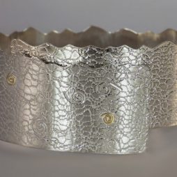 floating-free-silver-cuff-with-22k-gold