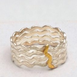 floating-silver-ring-with-18k-gold