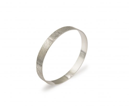 Slim Contour Bangle - Silver by Jo Pudelko